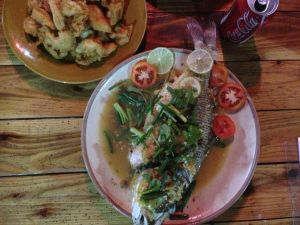 Grilled fish with garlic, lemon grass and tamarind sauce